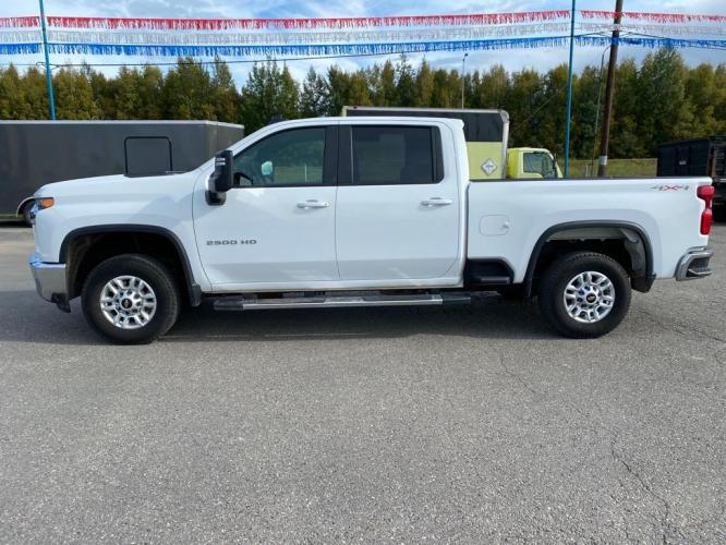 2020 WHITE CHEVROLET SILVERADO 2500 HEAVY DUTY LT (1GC4YNE72LF) with an 6.6L engine, Automatic transmission, located at 2525 S. Cushman, Fairbanks, AK, 99701, (907) 452-5707, 64.824799, -147.711899 - Photo #1